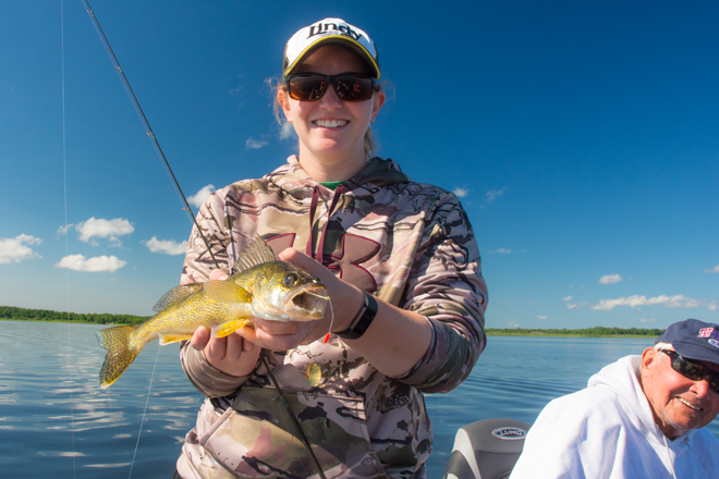 Guides fishing charters walleye mn fish leech lake for Minnesota fishing charters