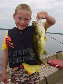 Keith Murdock shows that Minnesota is a great Bass fishing destination
