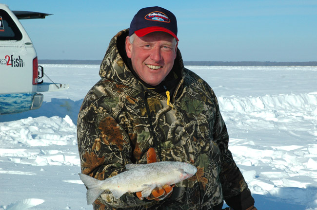 Upper red lake ice fishing reports hunting html autos for Ice fishing report