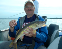 Tim Fischbach Winnie Walleye