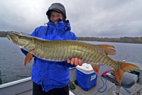 Jeff Anderes shows Musky caught on Deer Lake