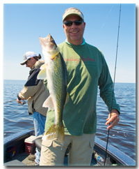 image of Mark Huelse with Red Lake Walleye