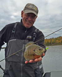 image of guide with big bluegill
