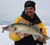 image links to article about Walleye fishing on Lake MilleLacs