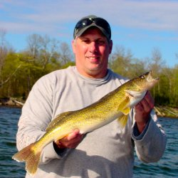 Phil Goettl 26 inch Walleye 5-28-08